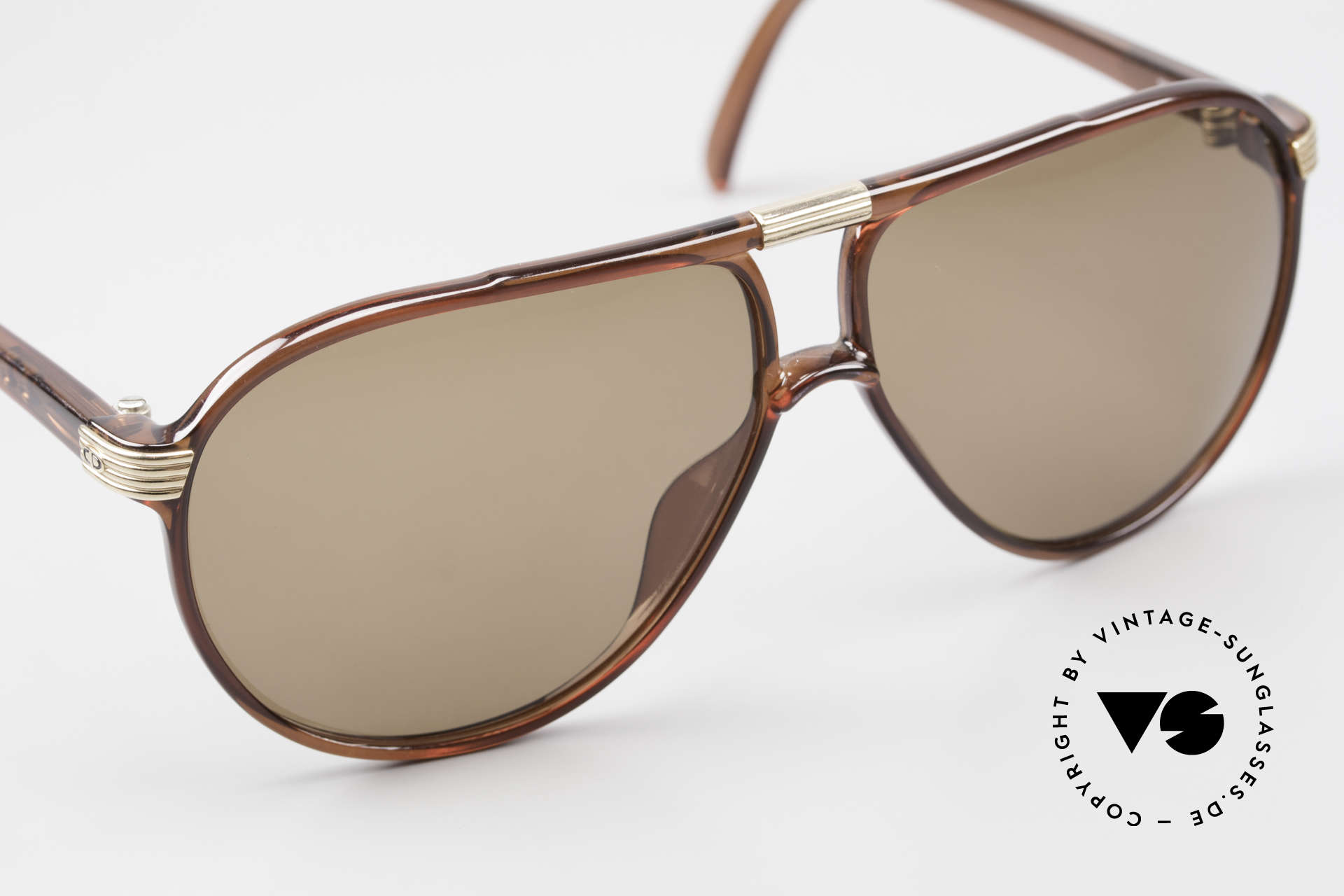 Christian Dior 2300 80's Aviator Sunglasses Optyl, Optyl material does not seem to age (built to last), Made for Men