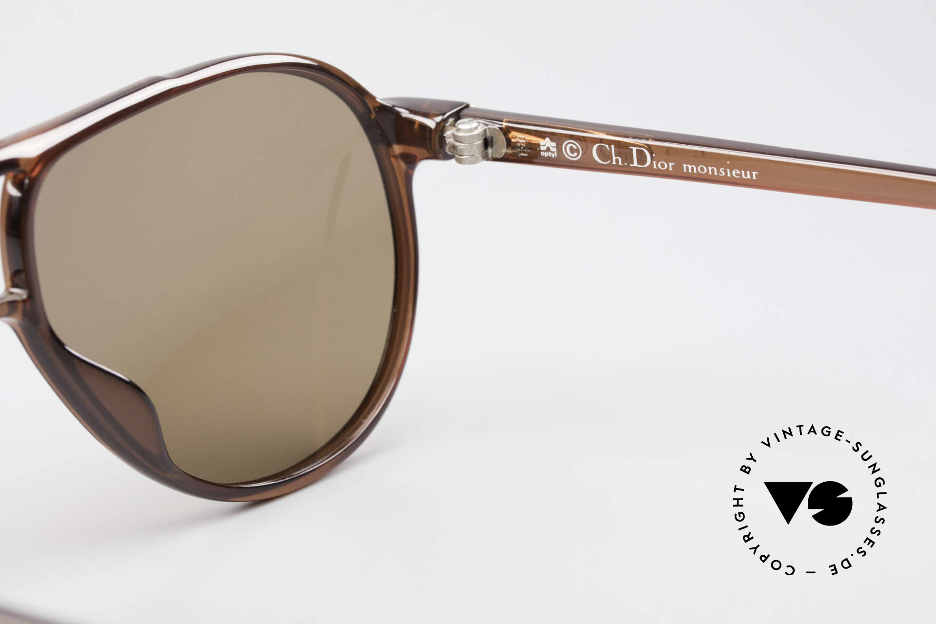 Christian Dior 2300 80's Aviator Sunglasses Optyl, SMALL size 58/10 with noble 'gold/brown' coloring, Made for Men