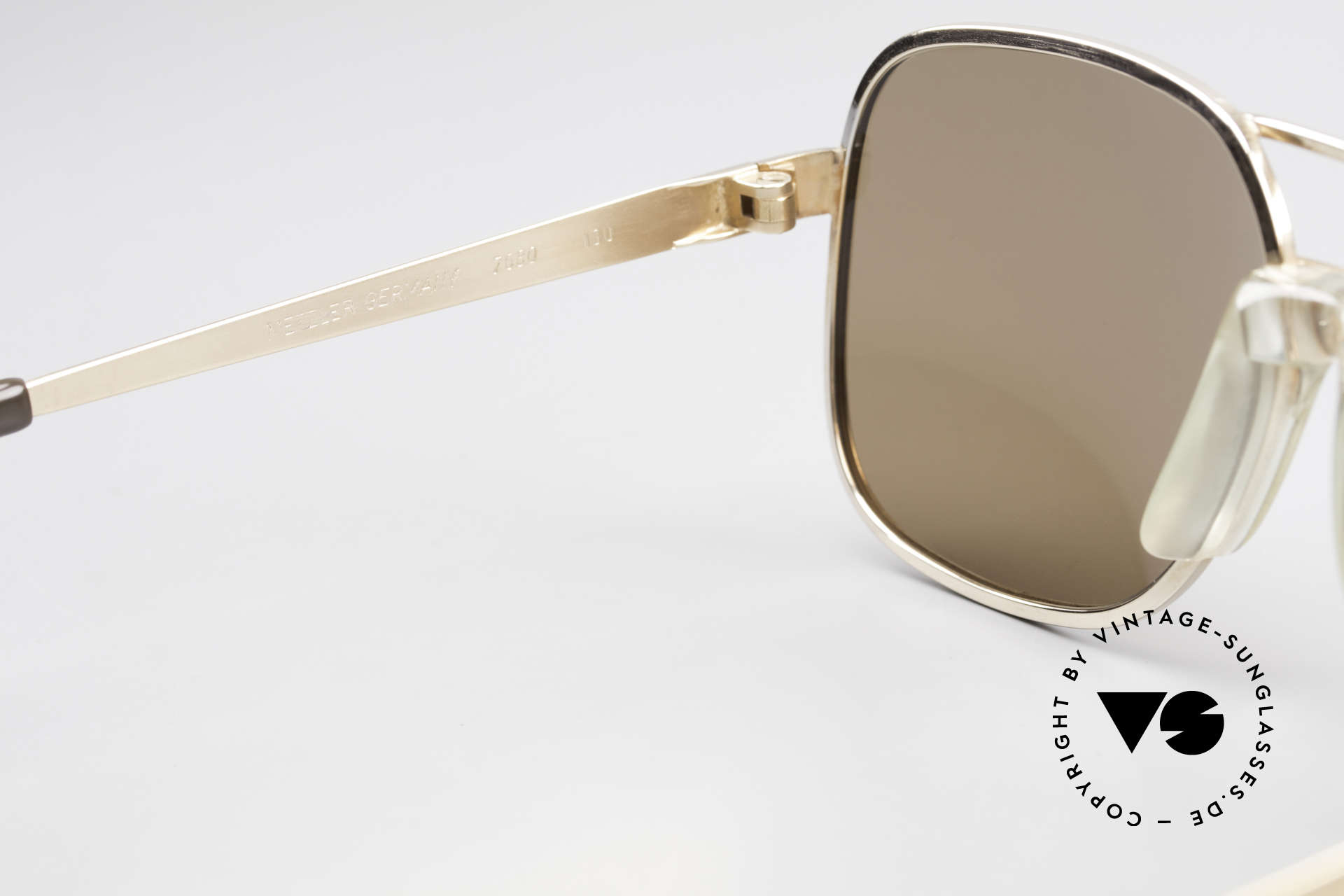 Metzler 7680 Small 80's Frame Gold Plated, sun lenses could be replaced with optical lenses, Made for Men