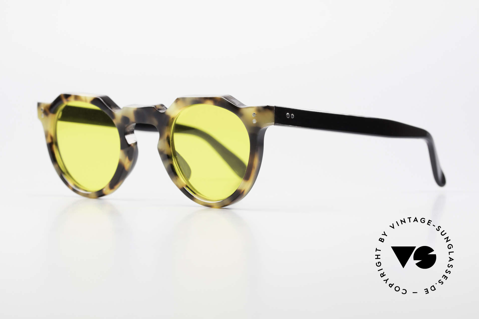 Lesca Panto 6mm 60's Panto Sunglasses France, made in France; WITHOUT any MARKS or inscriptions, Made for Men and Women