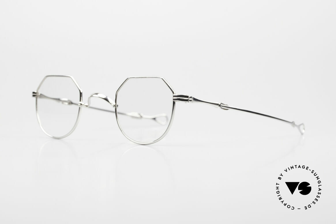 Lunor I 18 Telescopic Telescopic Platinum Frame, this mechanism made the brand Lunor world-famous, Made for Men and Women