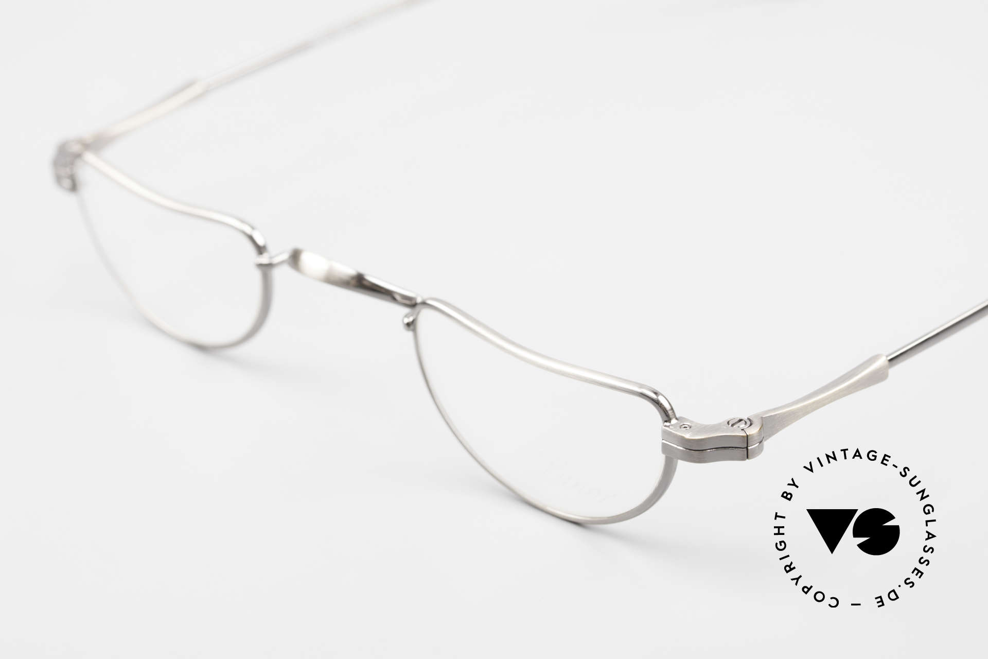 Lunor II 07 Classic Reading Eyeglasses, antique silver frame (coated with a potection lacquer), Made for Men and Women