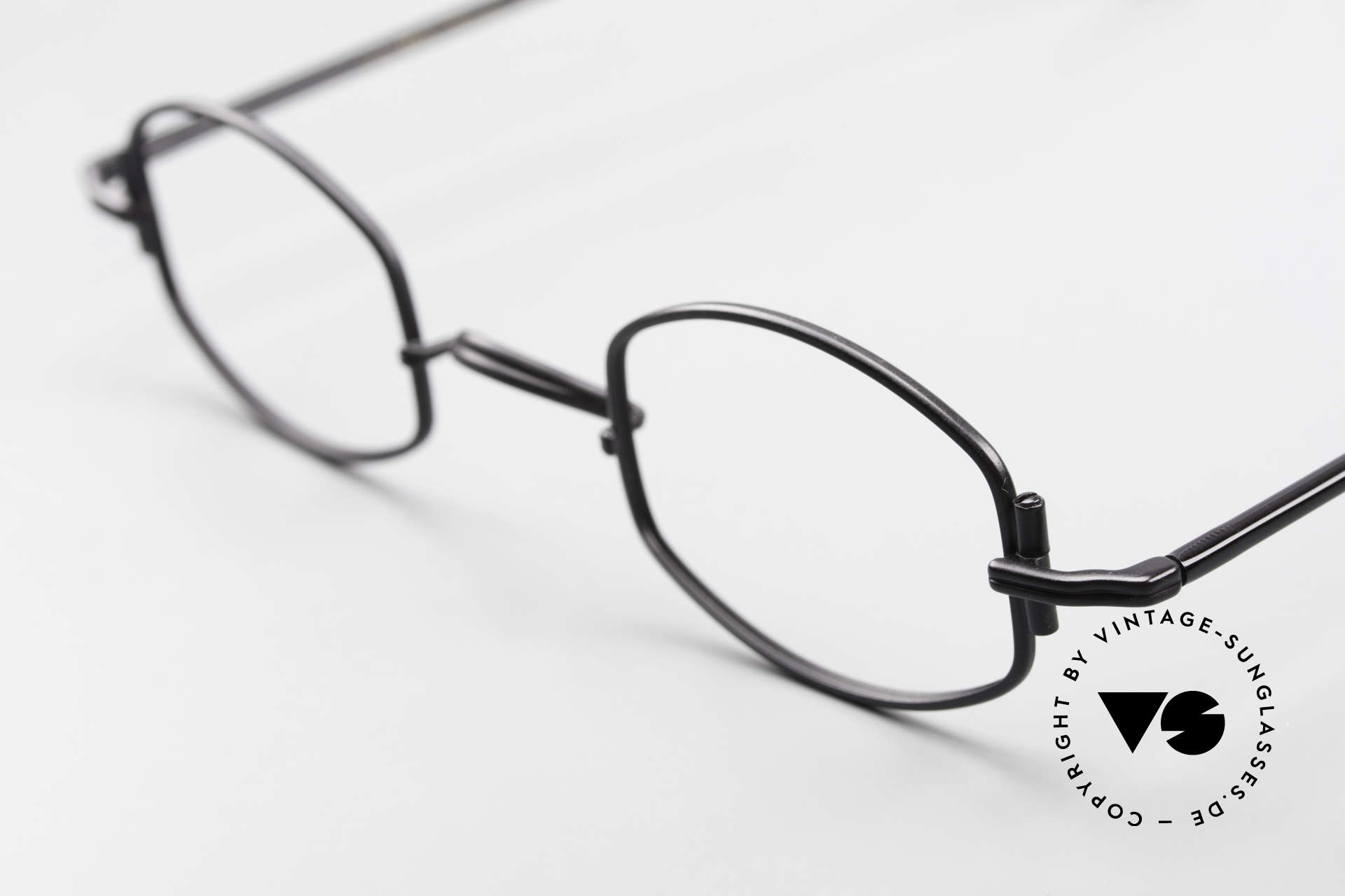 "Lunor XA 03 Rare Old Eyewear Classic, model ""XA 03"" with anatomic bridge and acetate temples, Made for Men and Women"