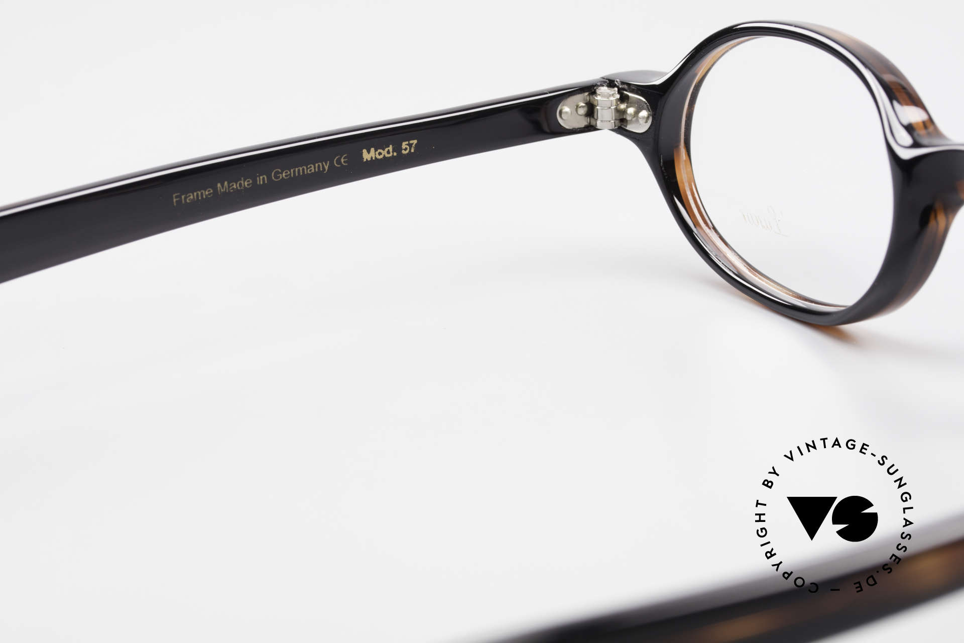 Lunor A57 Oval Lunor Acetate Glasses, the demo lenses can be replaced with optical (sun) lenses, Made for Men and Women