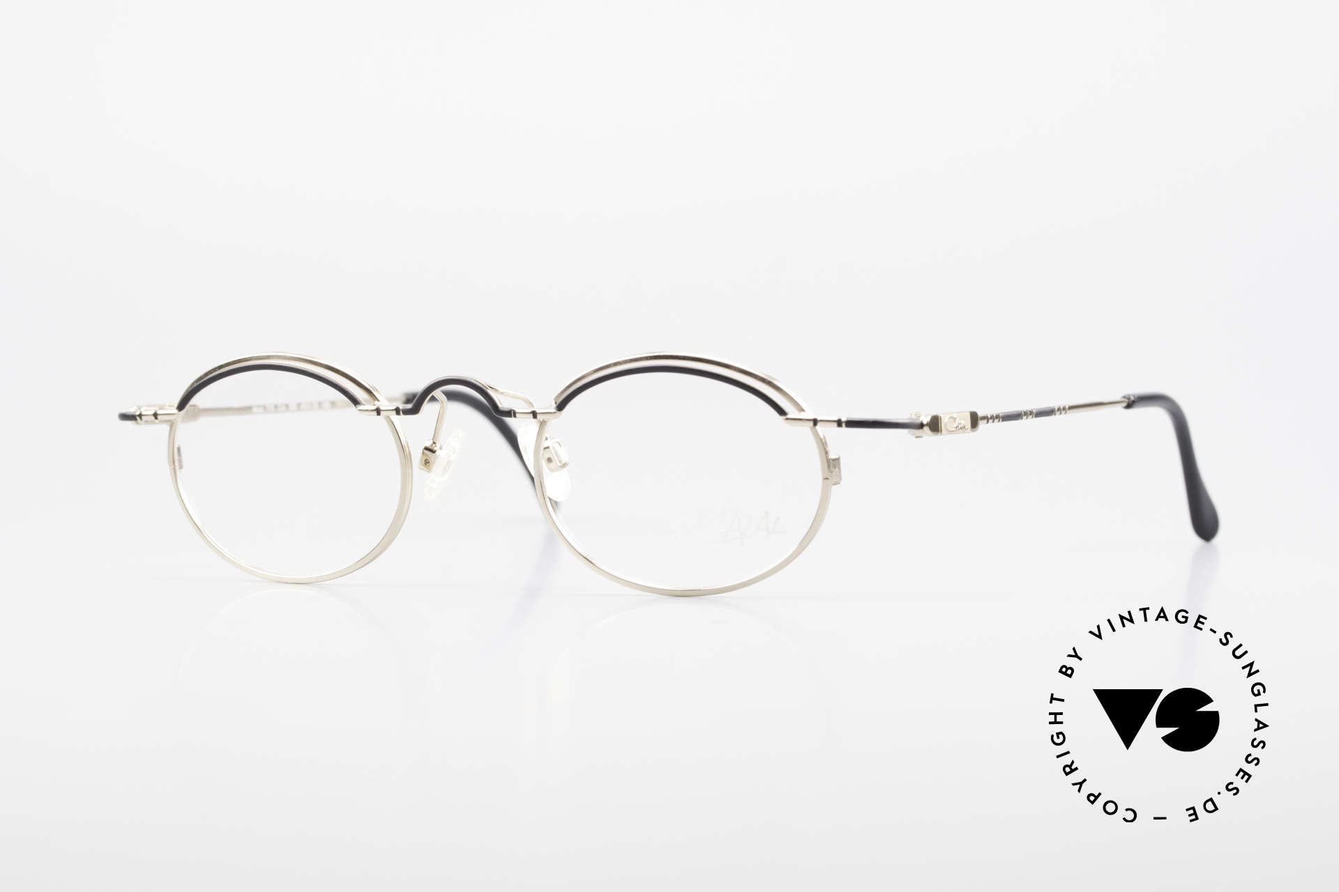 Cazal 775 Rare Oval 1990's Eyeglasses, oval vintage eyeglass-frame by Cazal from 1997/98, Made for Men and Women