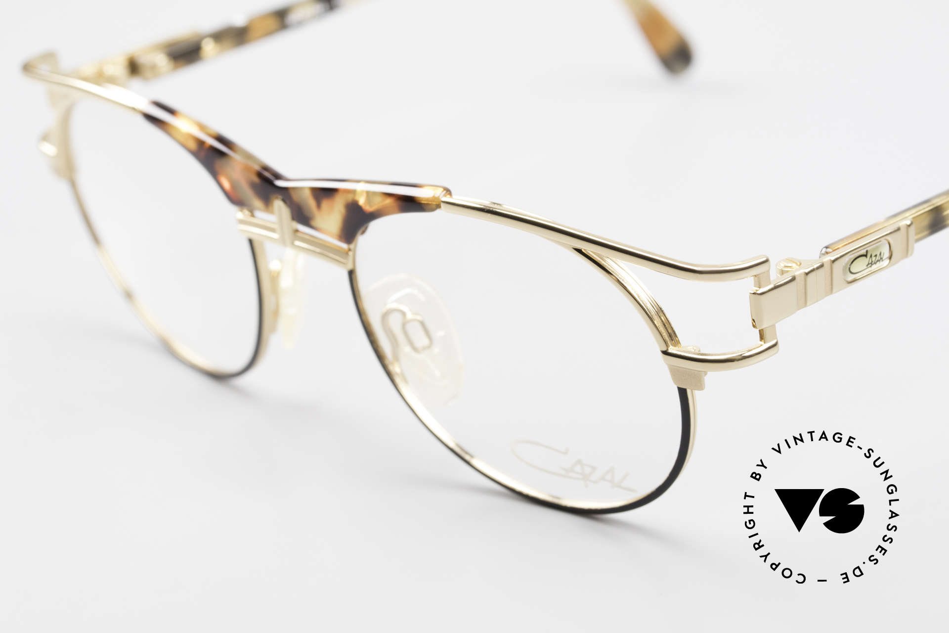 Cazal 244 Iconic 90's Vintage Eyeglasses, never worn (like all our vintage CAZAL rarities), Made for Men and Women