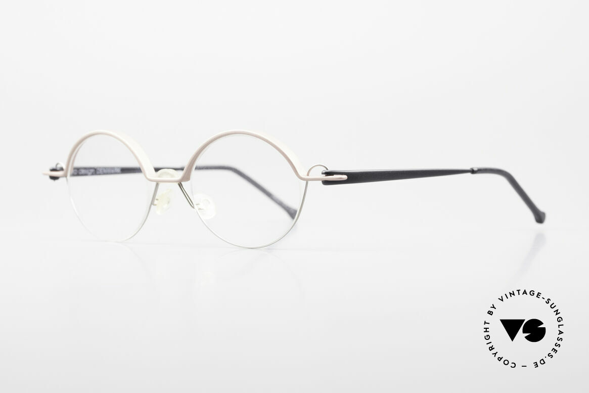 ProDesign No23 Gail Spence Design Frame 90's, very interesting VINTAGE designer eyeglass-frame, Made for Men and Women