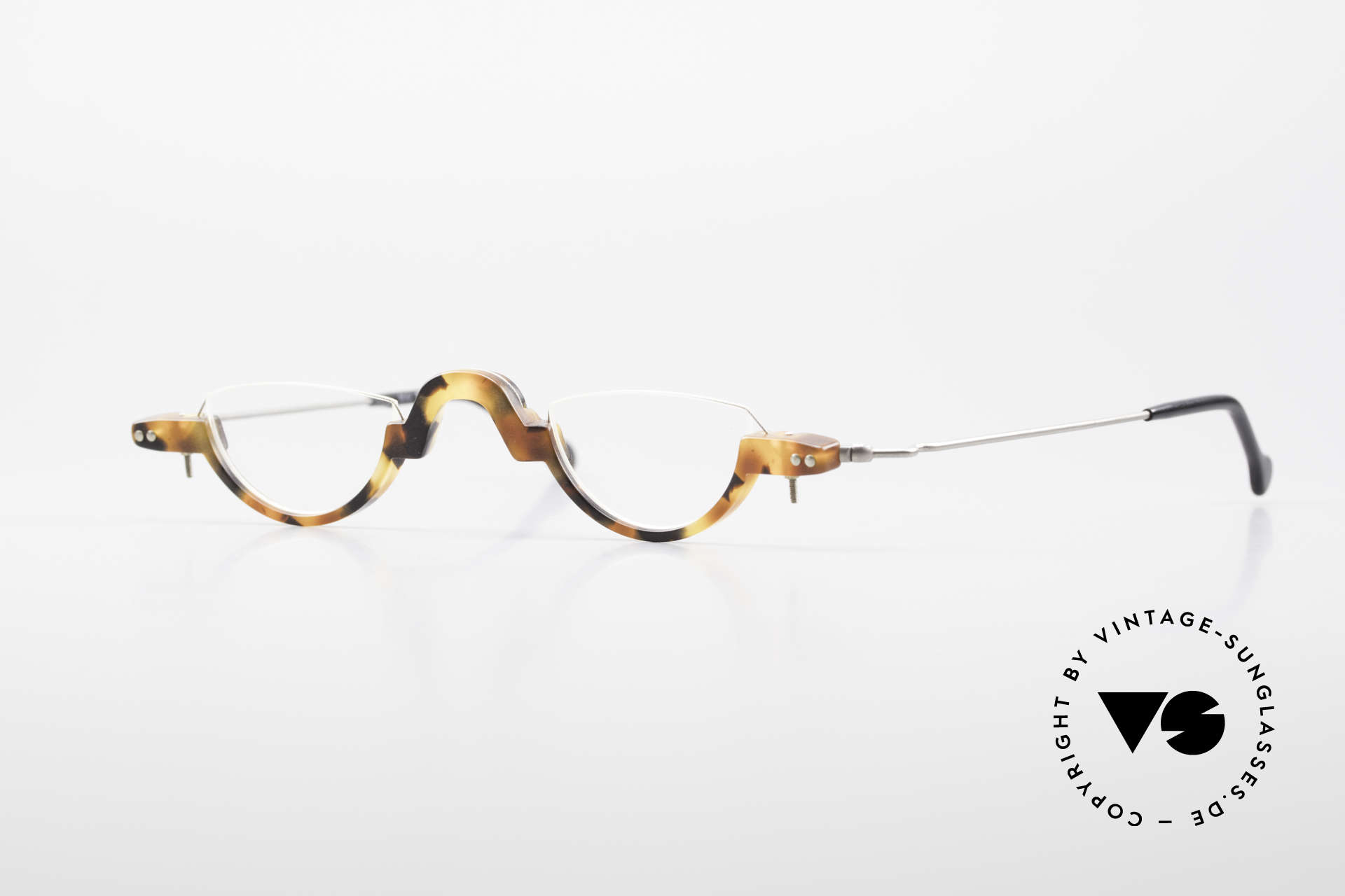 MDG Bauhaus 5010 Minimalist Reading Glasses 90s, MDG 5010: minimalist reading glasses, Bauhaus style, Made for Men