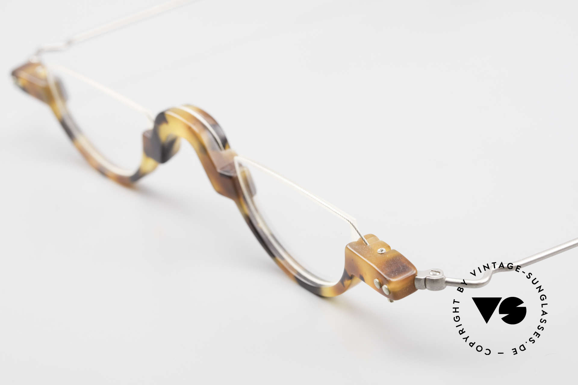 """MDG Bauhaus 5010 Minimalist Reading Glasses 90s, """"avant-garde"""" design for individualists and art lovers, Made for Men"""