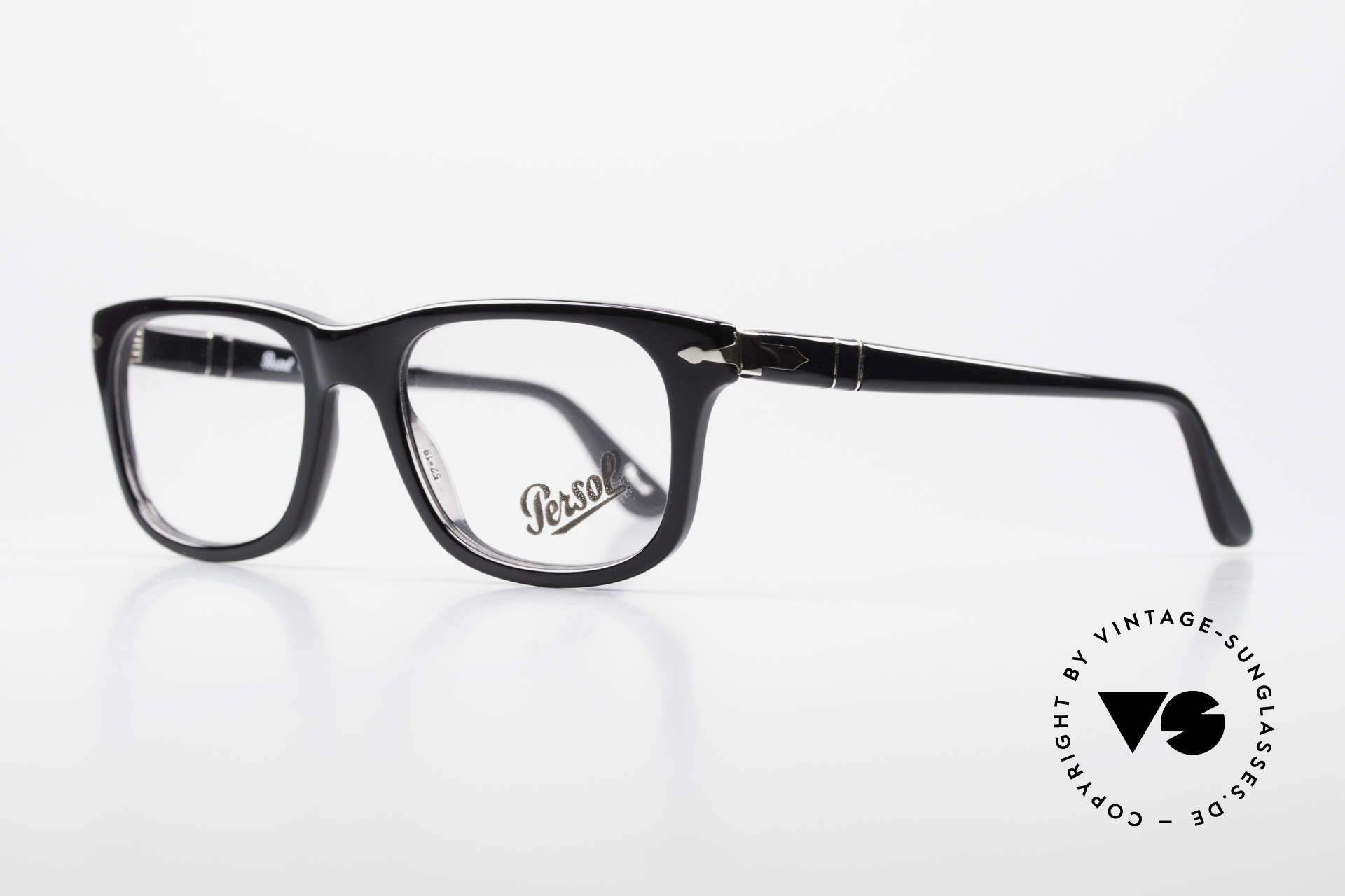Persol 3029 Striking Persol Glasses Unisex, reissue of the old vintage Persol RATTI models, Made for Men and Women