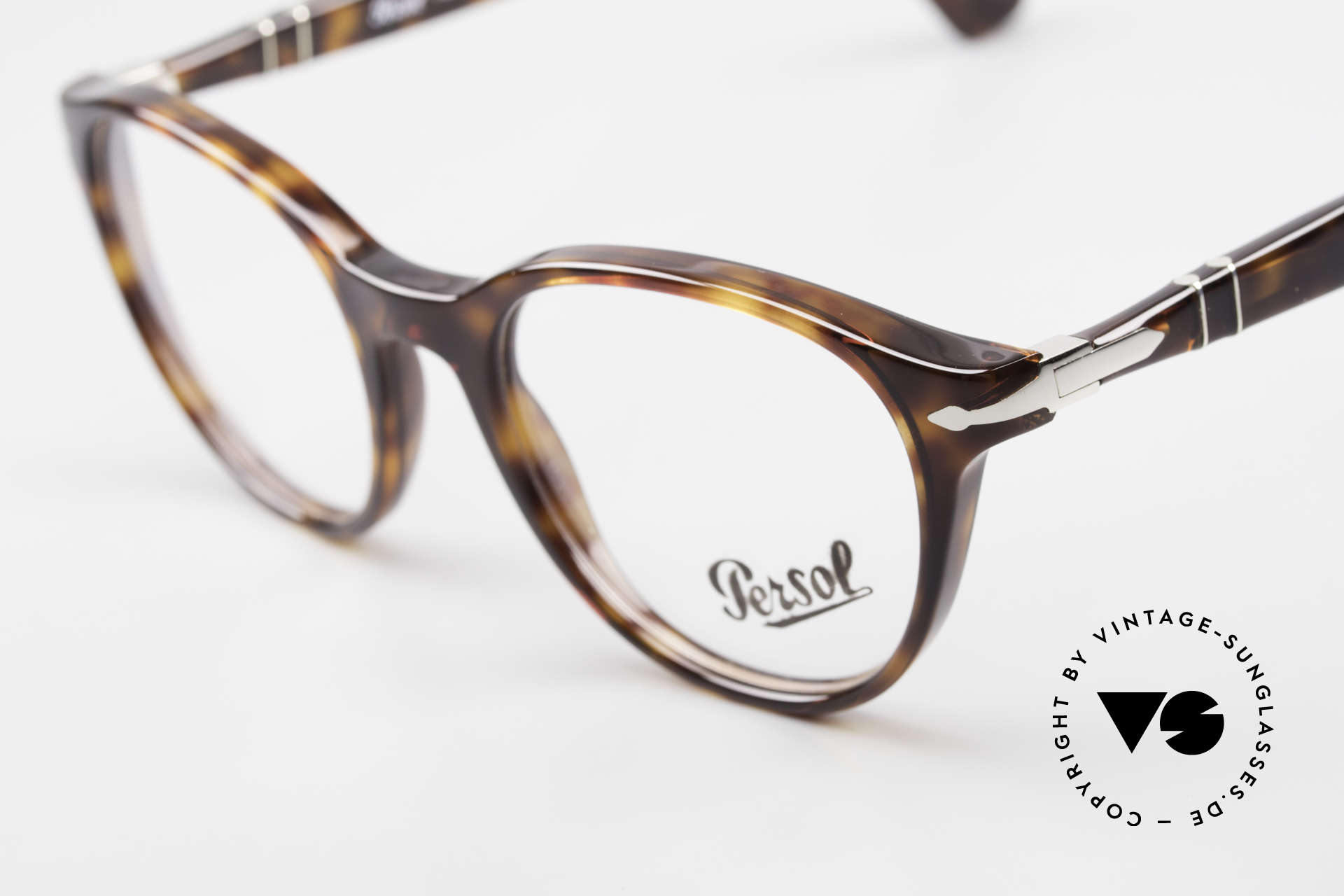 Persol 3153 Timeless Panto Unisex Frame, unworn (like all our classic PERSOL eyeglasses), Made for Men and Women