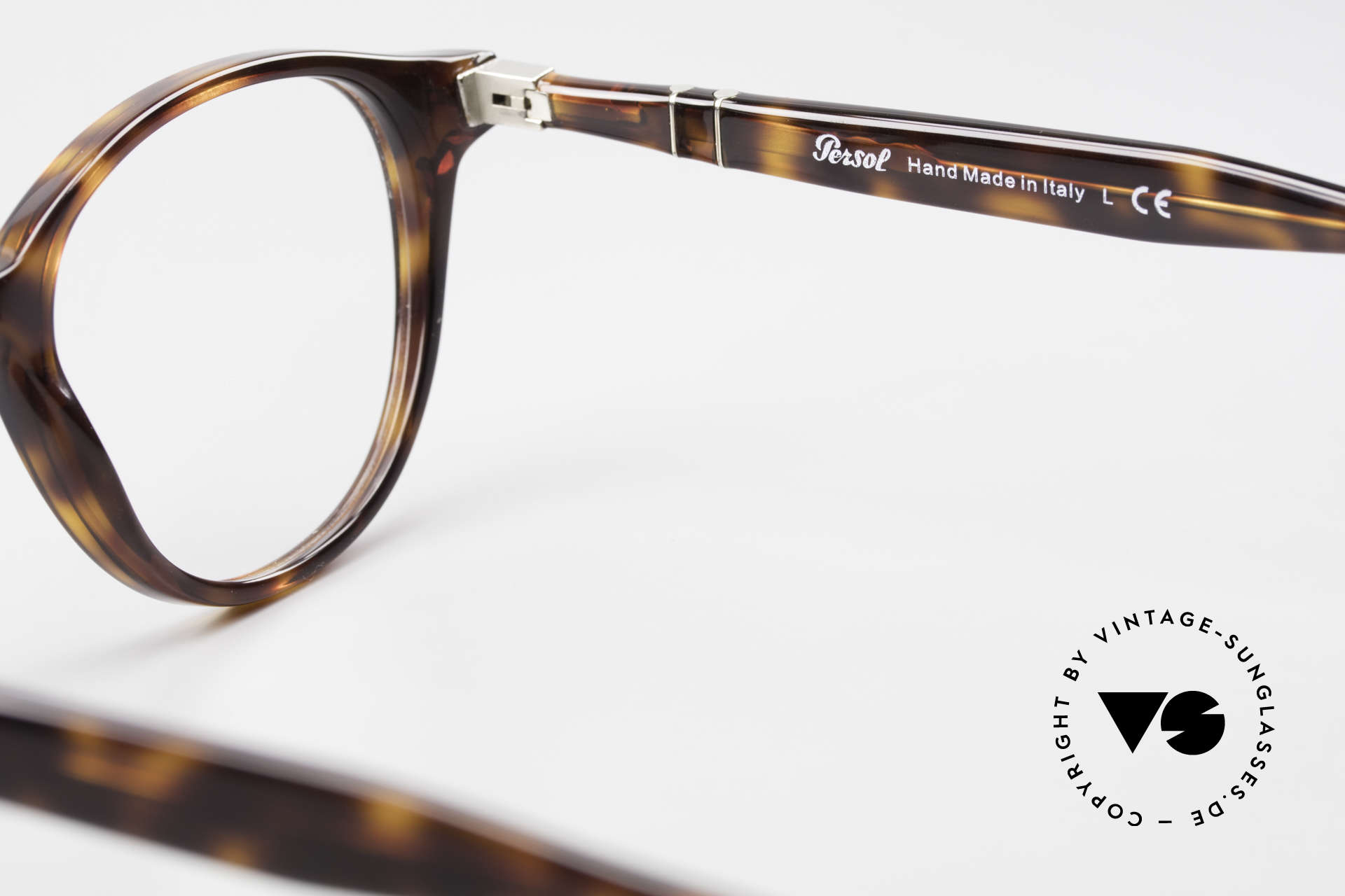 Persol 3153 Timeless Panto Unisex Frame, unisex model = suitable for ladies & gentlemen, Made for Men and Women