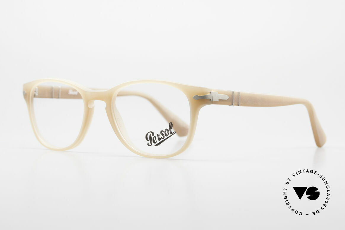 Persol 3085 Ladies Glasses Classic Ambra, unworn (like all our classic PERSOL eyeglasses), Made for Women
