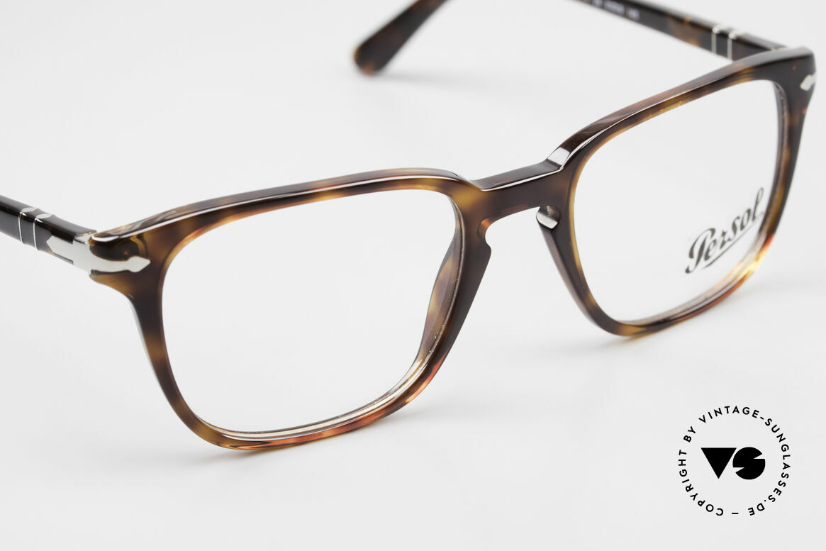Persol 3117 Square Panto Unisex Glasses, reissue of the old vintage Persol RATTI models, Made for Men and Women