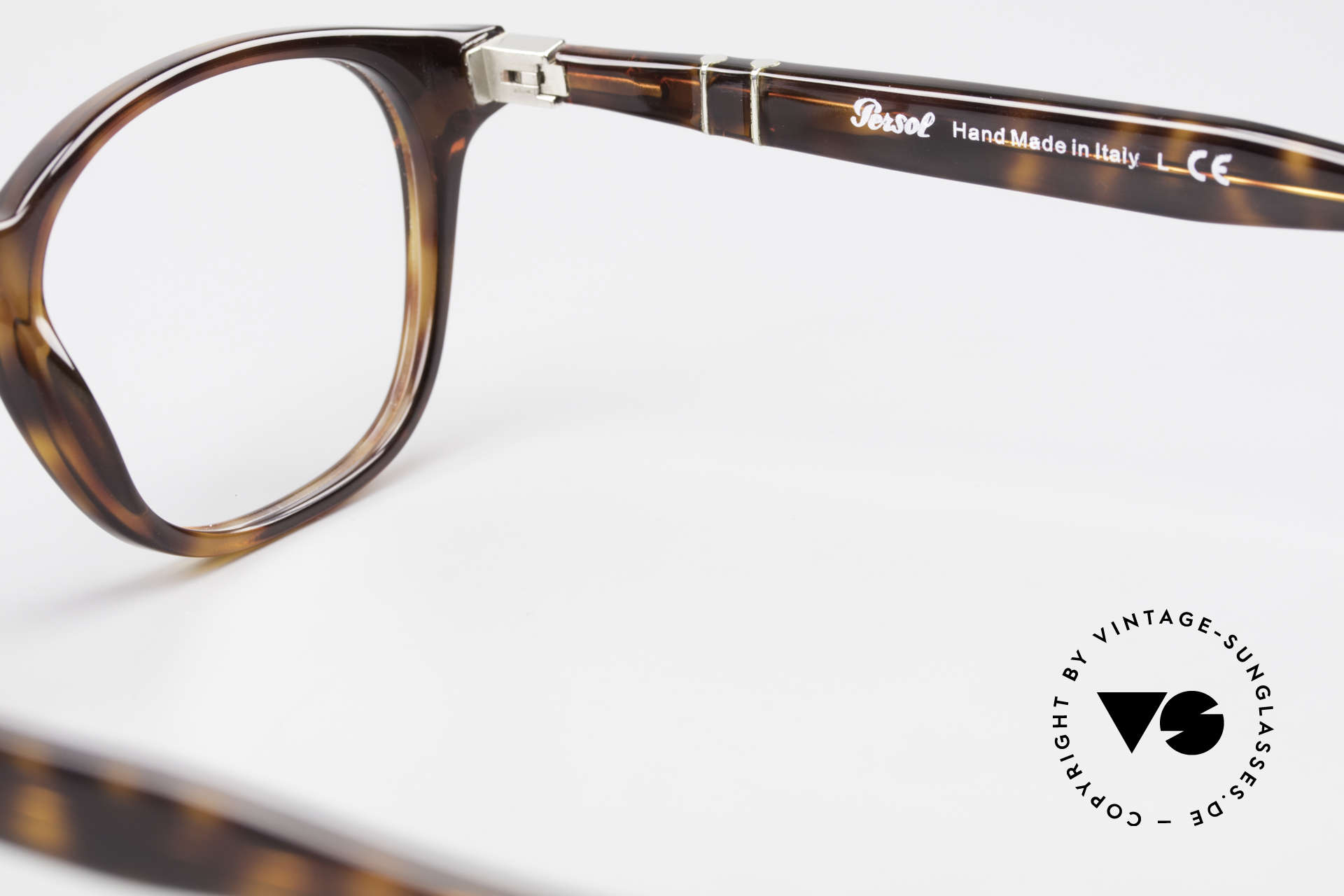 Persol 3122 Classic Square Panto Glasses, reissue of the old vintage Persol RATTI models, Made for Men and Women