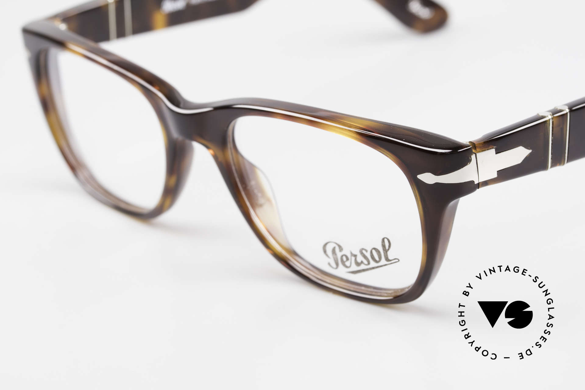 Persol 3039 Timeless Designer Eyeglasses, well, this re-issue is nicely made & in unworn condition, Made for Men and Women