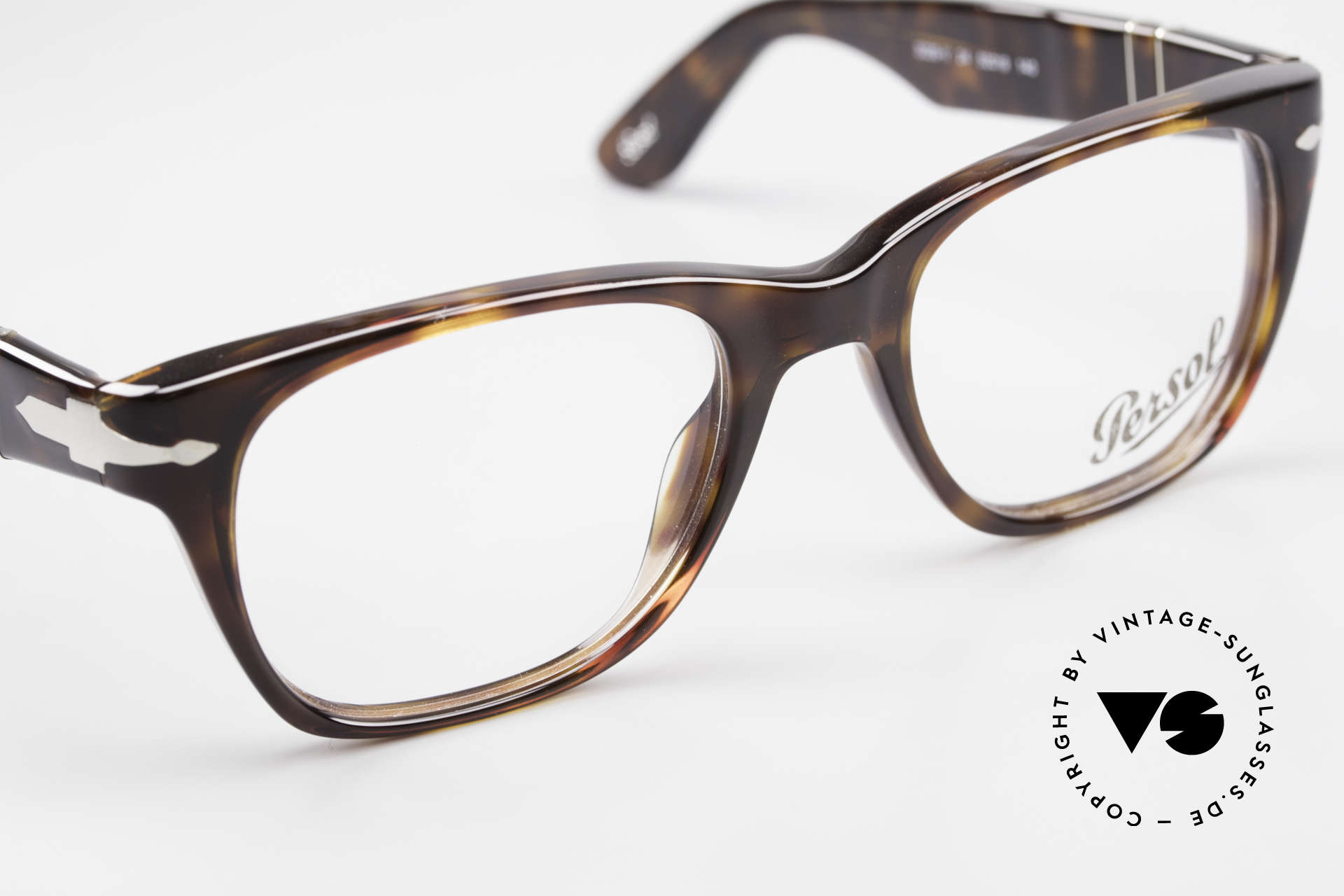Persol 3039 Timeless Designer Eyeglasses, thus, we decided to take it into our vintage collection, Made for Men and Women