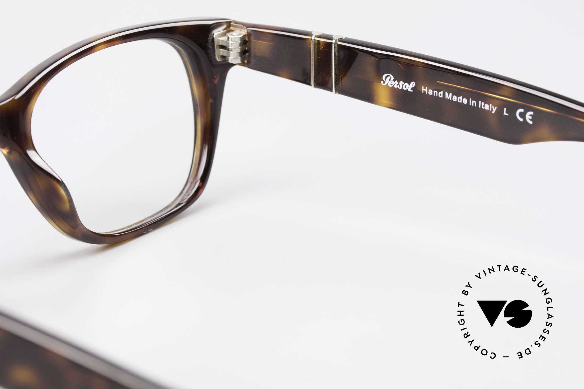 Persol 3039 Timeless Designer Eyeglasses, DEMO lenses can be replaced optionally, size 50/19, 140, Made for Men and Women
