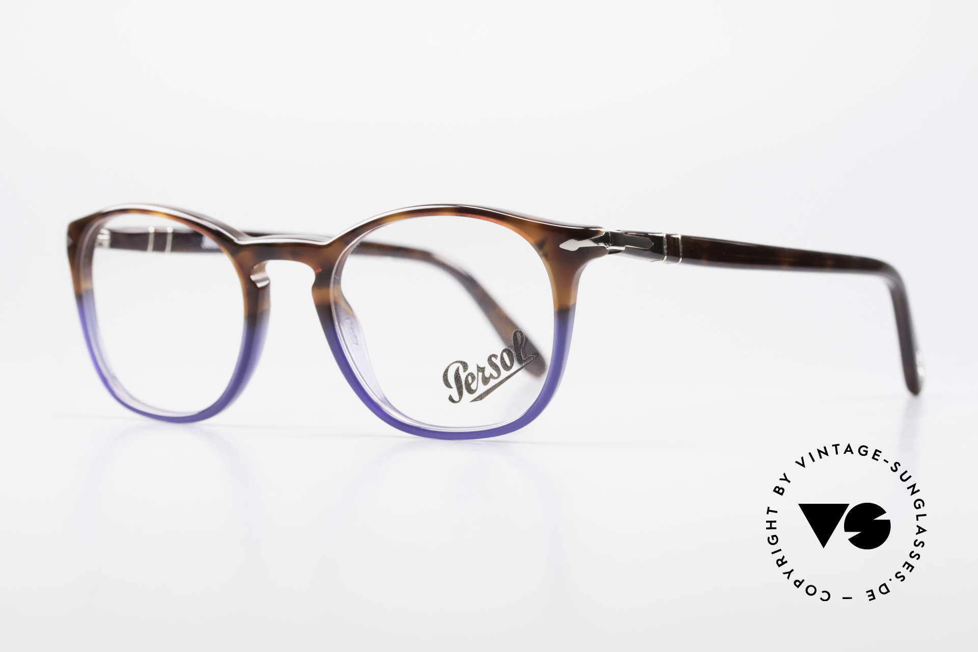 Persol 3007 Terrae Oceano Edition Small, unworn (like all our classic PERSOL eyeglasses), Made for Men and Women