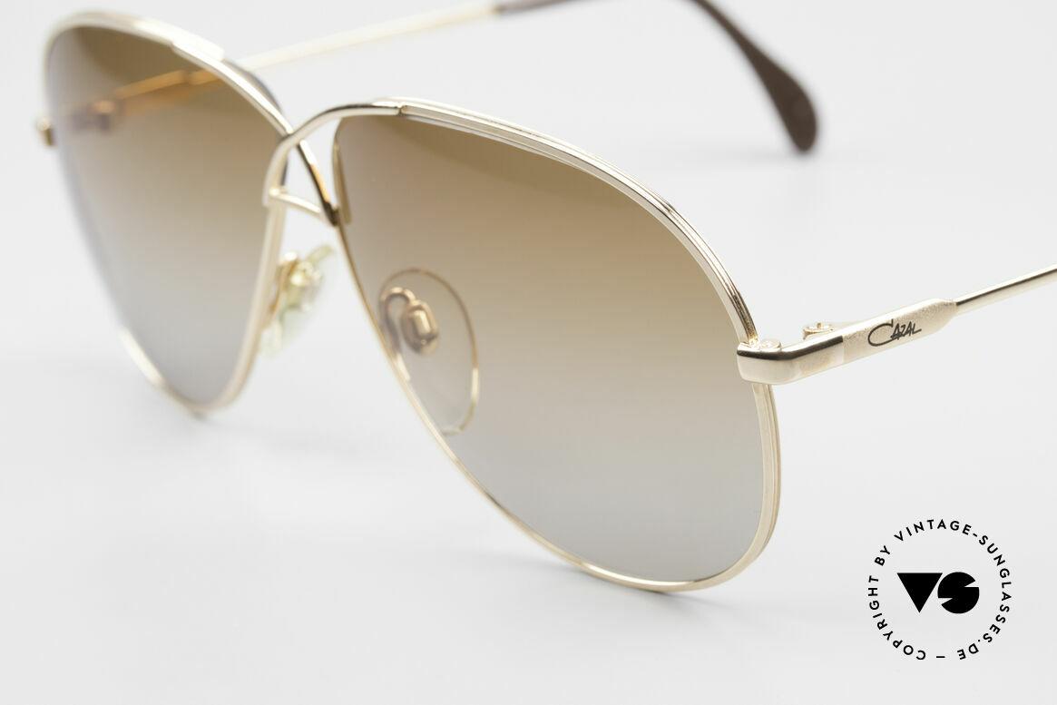 Cazal 728 Vintage Aviator Sunglasses, fancy sun lenses (brown-gray gradient); 100% UV, Made for Men