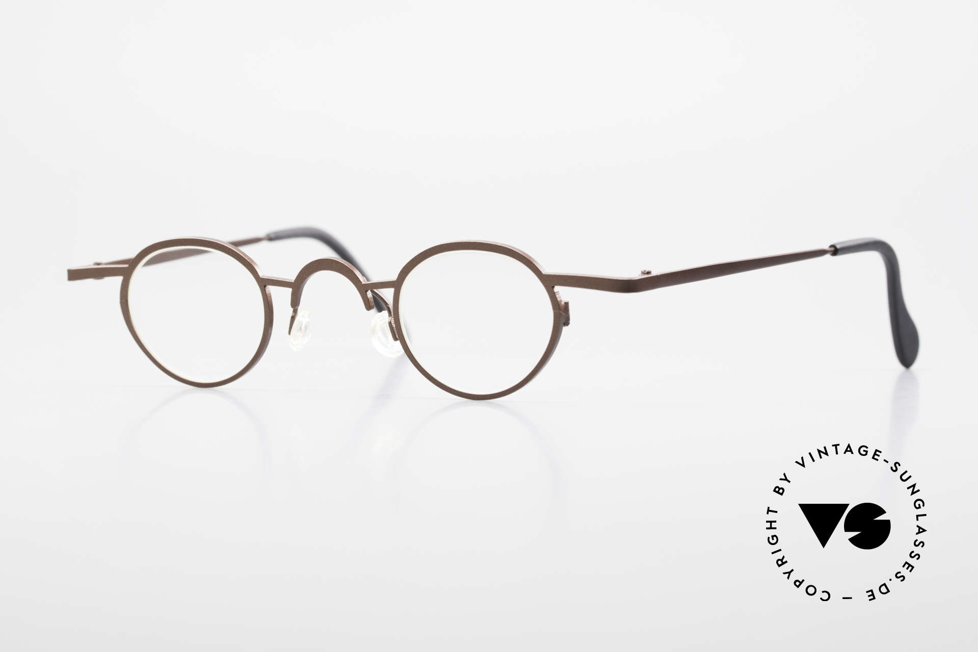 Theo Belgium Pat Avant-Garde Vintage Specs 90s, Theo Belgium = the most self-willed brand in the world, Made for Men and Women