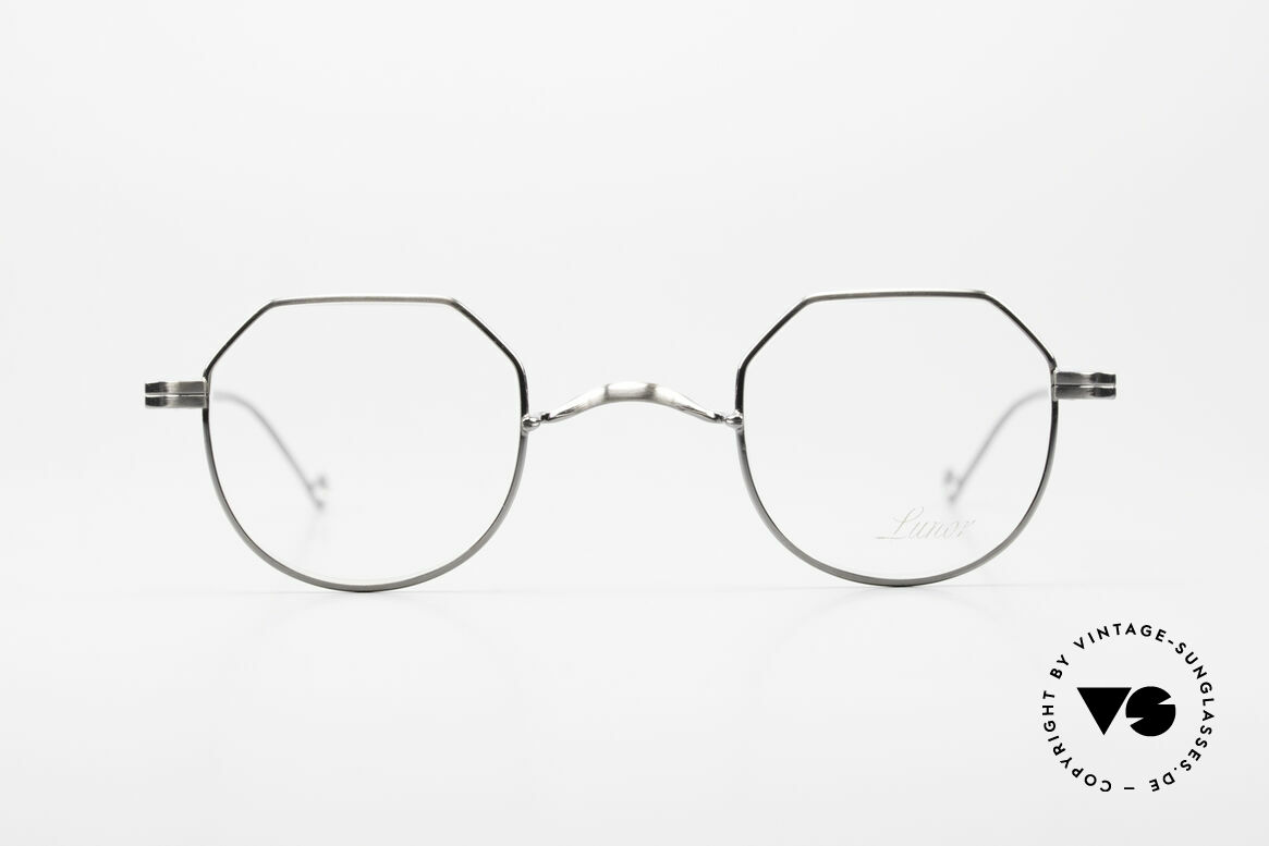Lunor II 18 Square Panto Eyeglasses Metal, full rim metal frame coated with a protection lacquer, Made for Men and Women