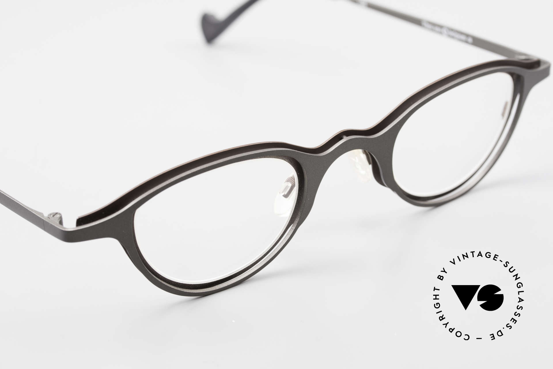 Theo Belgium Uno Enchanting Ladies Eyeglasses, unworn, one of a kind, THEO shades for all who dare ;), Made for Women