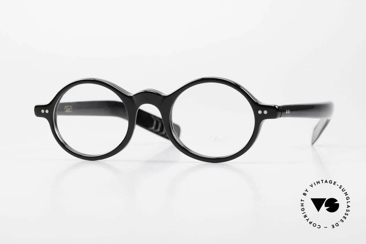 Lunor A52 Oval Eyeglasses Black Acetate, LUNOR glasses, model 52 from the Acetate collection, Made for Men and Women