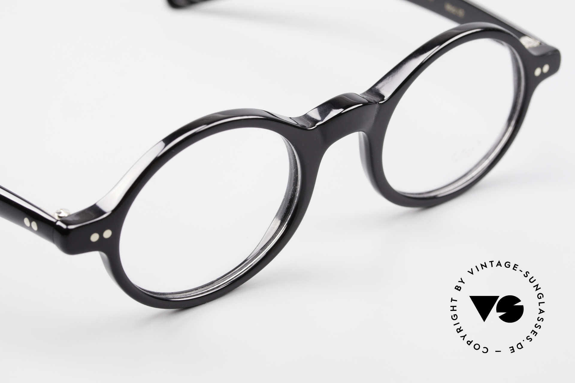 Lunor A52 Oval Eyeglasses Black Acetate, unworn (like all our beautiful Lunor frames & sunglasses), Made for Men and Women
