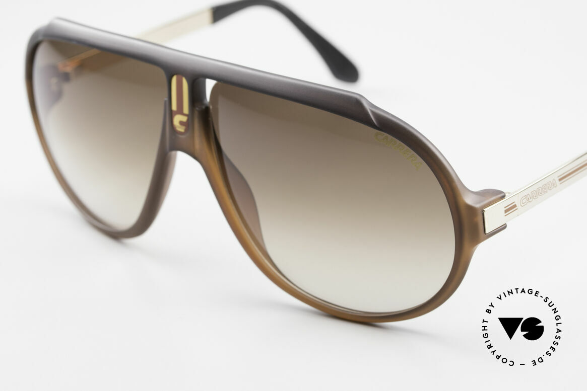 Carrera 5512 80's Don Johnson Sunglasses, cult object and sought-after collector's item, worldwide, Made for Men