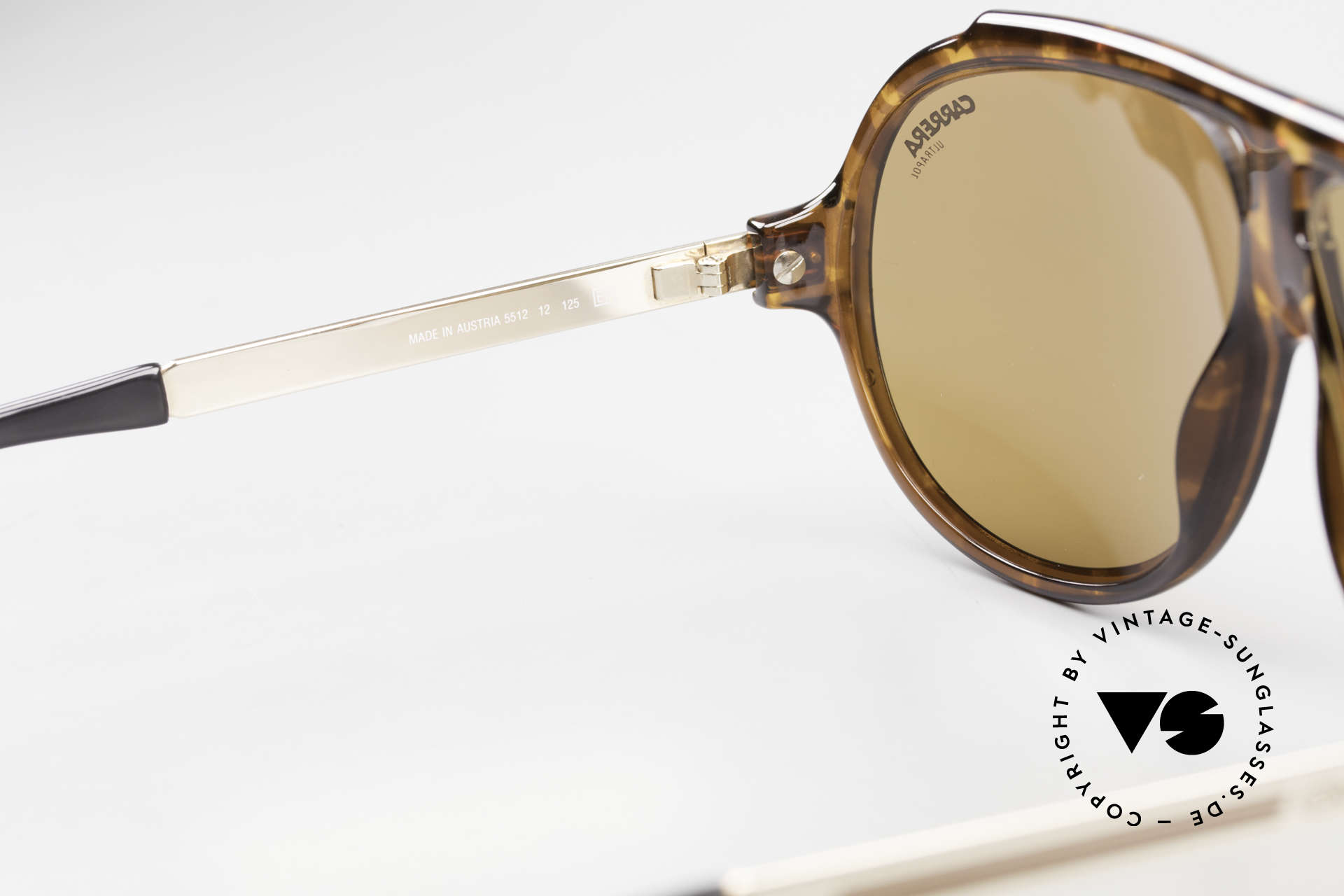 Carrera 5512 Polarized UltraPol Sun Lenses, reduced to 319,- Euro (left lens has two TINY scratches), Made for Men