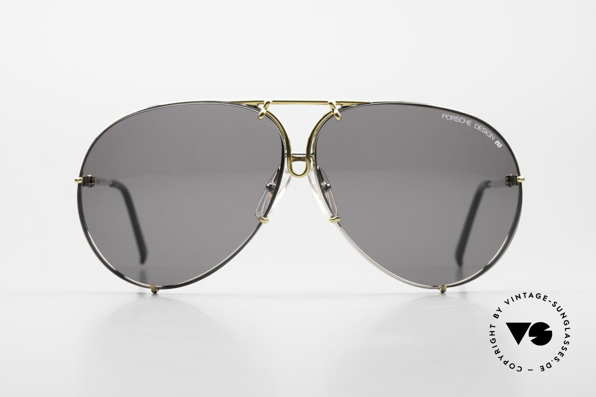 Porsche 5621 Oversized 80's Aviator Shades, 2nd hand, but mint condition (lenses are scratch-free), Made for Men and Women