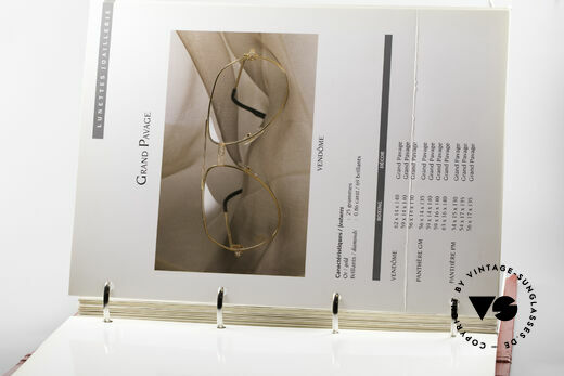 Cartier_ Catalog Cartier Lunettes Eyewear, with more than 85 pages (1,8kg total weight), Made for Men and Women