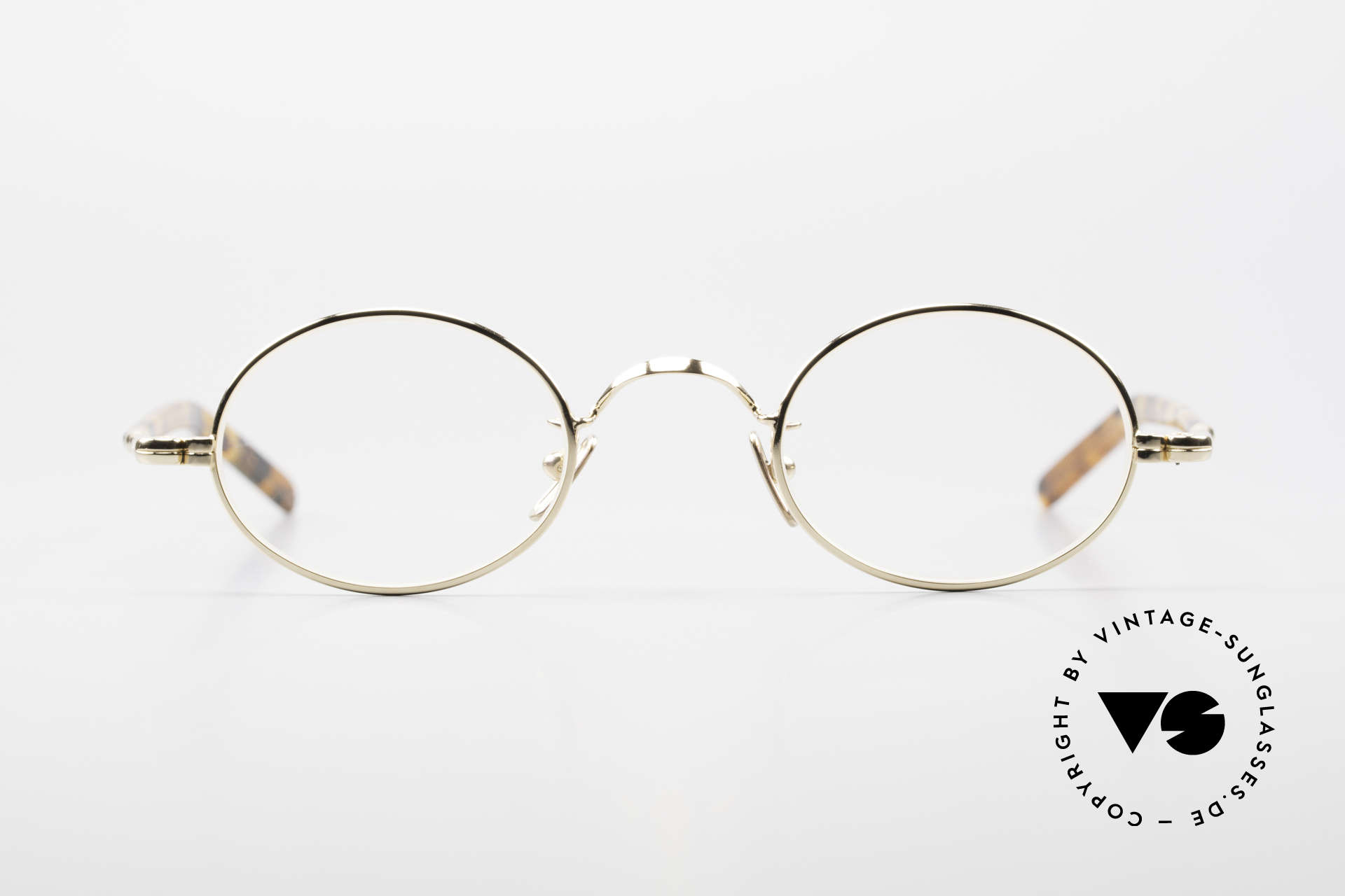 Lunor VA 100 Oval Lunor Glasses Gold Plated, gold-plated stainless steel frame with acetate temples, Made for Men and Women