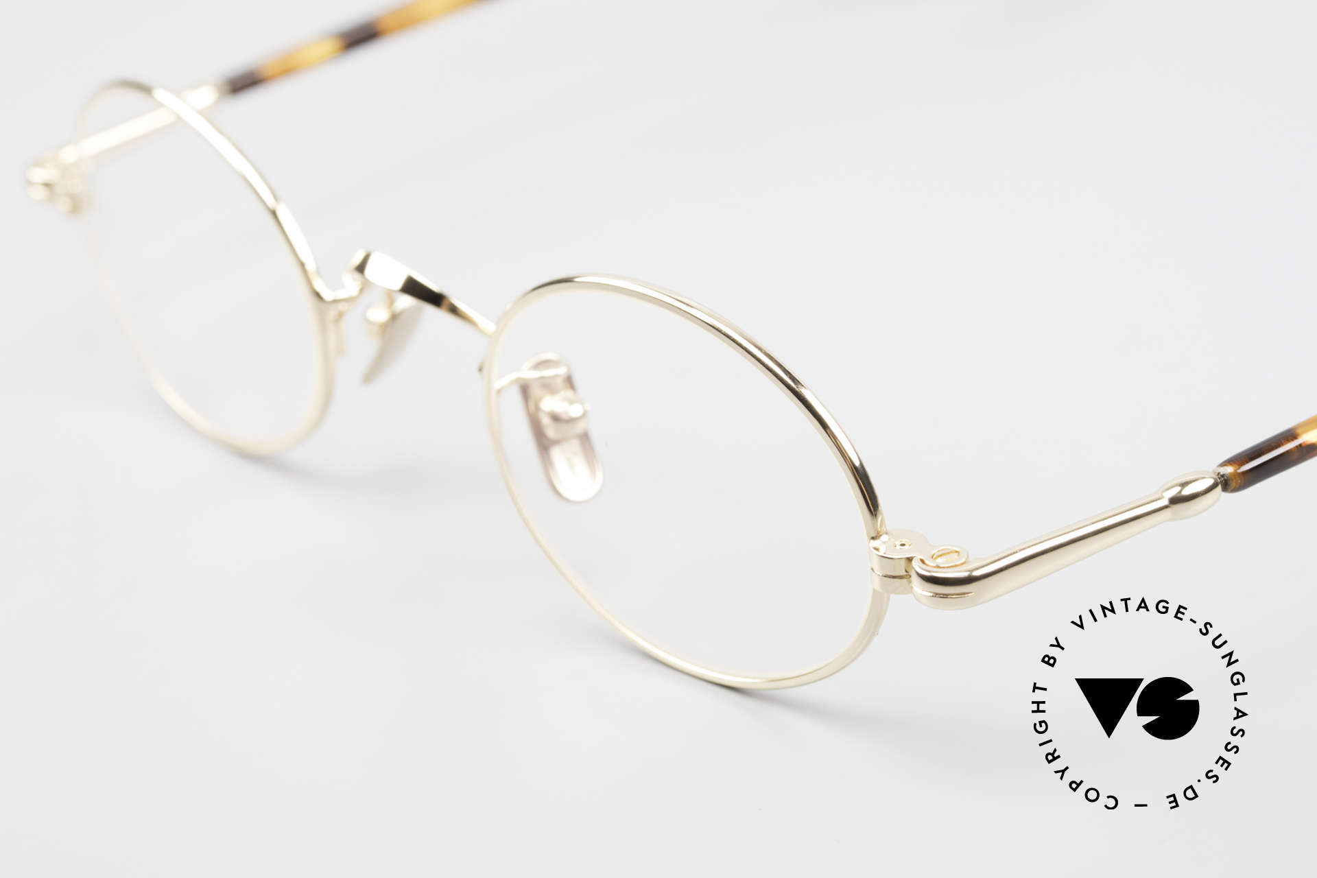 Lunor VA 100 Oval Lunor Glasses Gold Plated, top-notch oval frame design, timeless & titanium pads, Made for Men and Women
