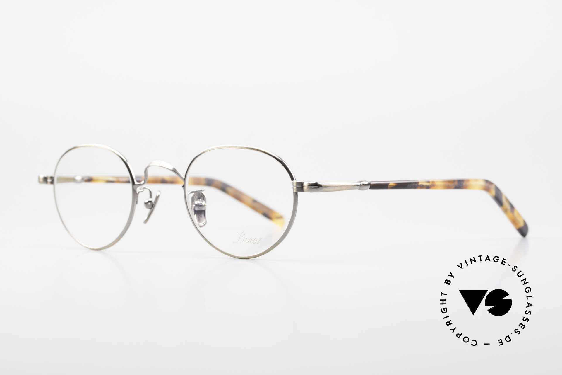 Lunor VA 107 Panto Style Antique Gold AG, without ostentatious logos (but in a timeless elegance), Made for Men and Women
