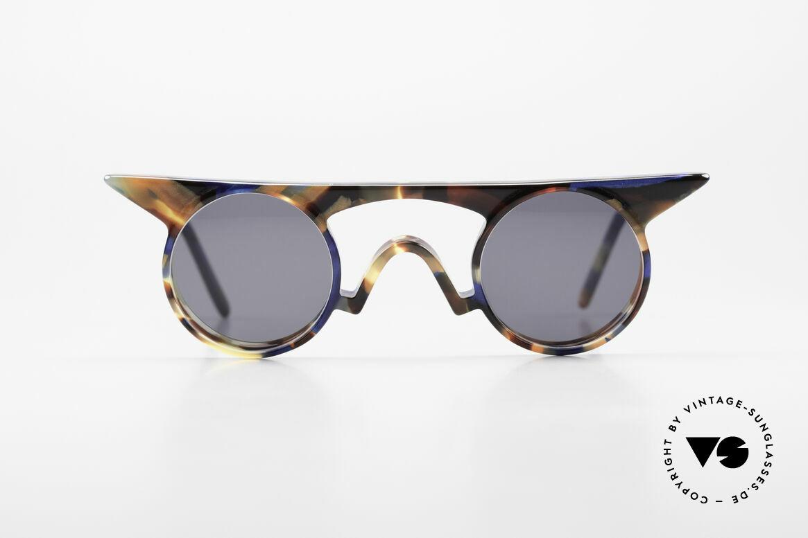 Design Maske Berlin Jason Artful Vintage Sunglasses 90s, imaginative designs of the 90's, made in Kreuzberg, Made for Women