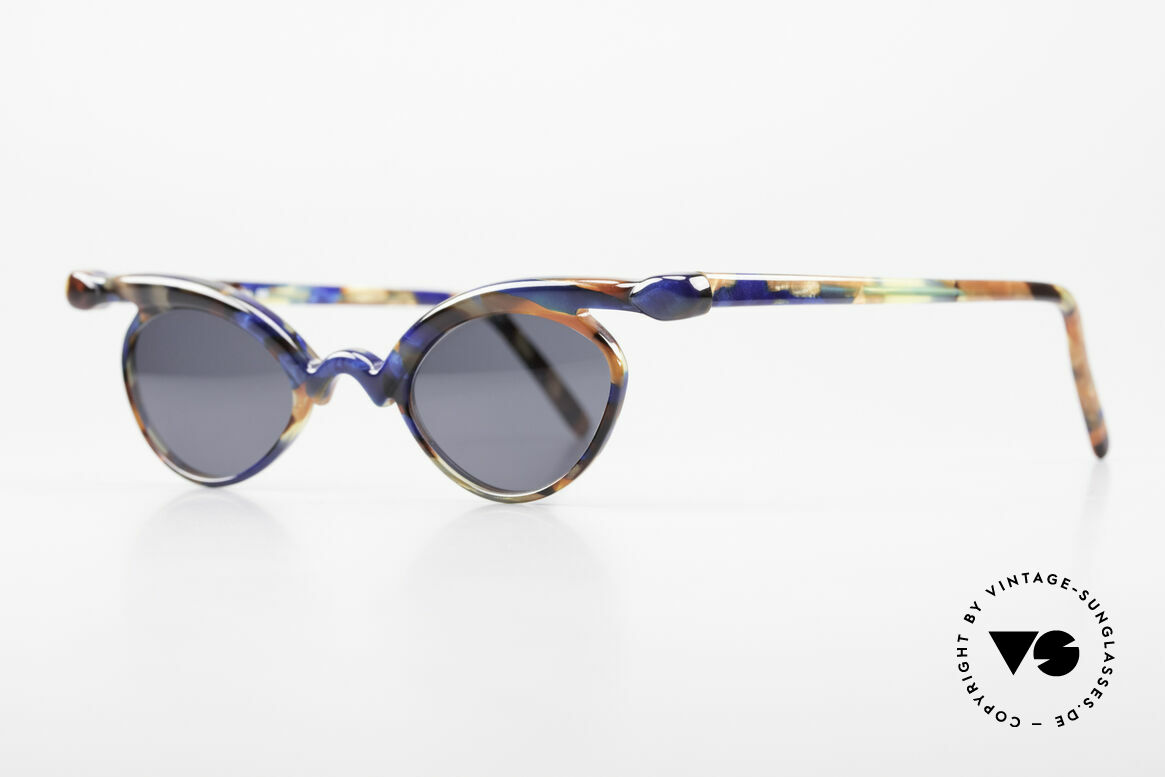 Design Maske Berlin Niobe Artful 90's Ladies Sunglasses, functional and EYE-CATCHING, at the same time, Made for Women