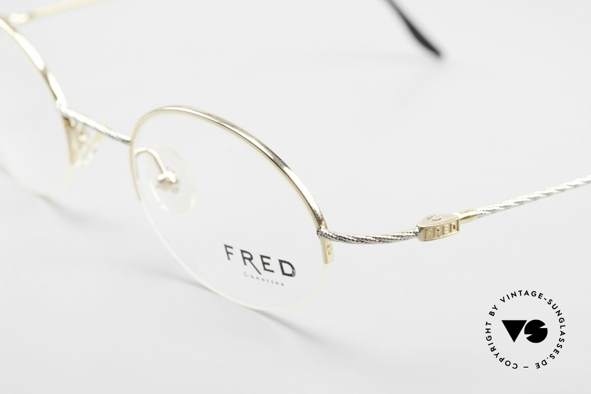 Fred F10 L02 90's Luxury Frame Semi Rimless, unworn, like all our precious vintage eyeglass-frames, Made for Men and Women